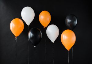 air balloons for halloween or birthday party